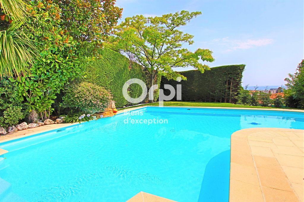 Maison à vendre 9 330m2 à Nice vignette-11