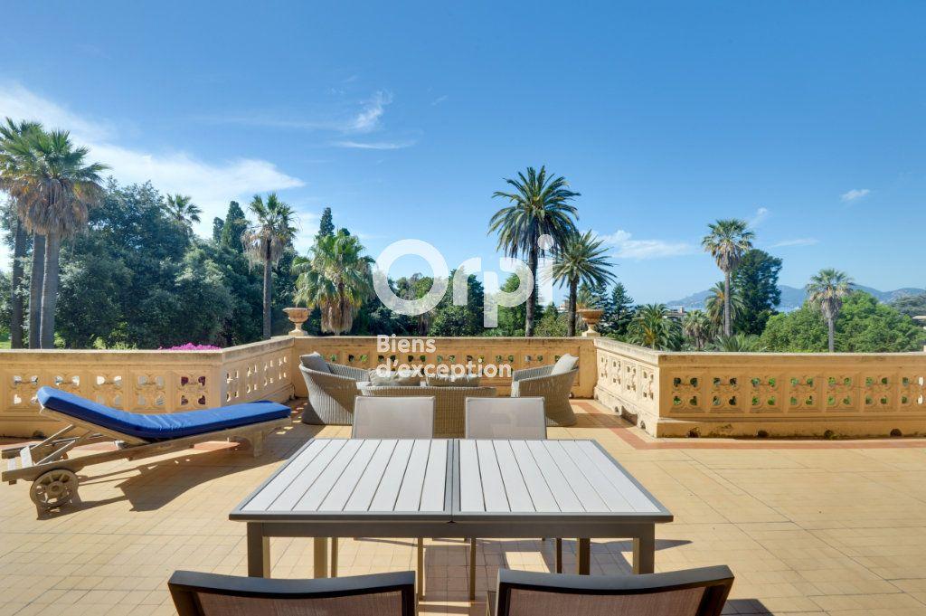 Appartement à vendre 6 217.06m2 à Cannes vignette-14