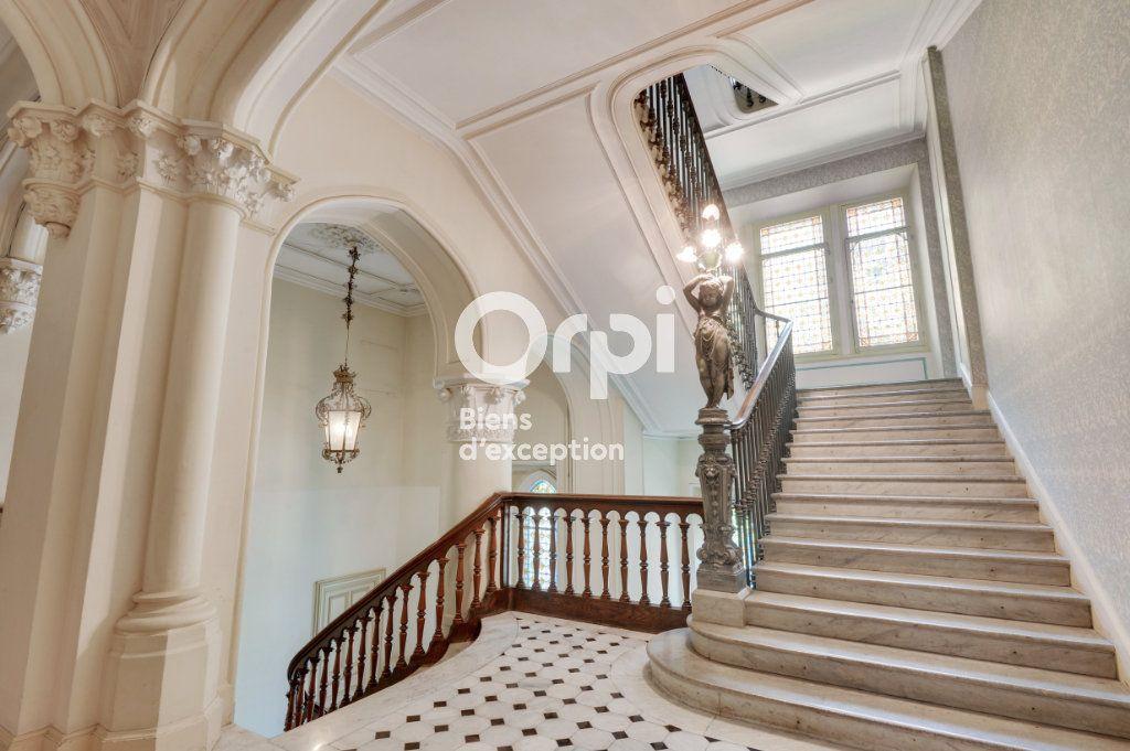 Appartement à vendre 6 217.06m2 à Cannes vignette-16