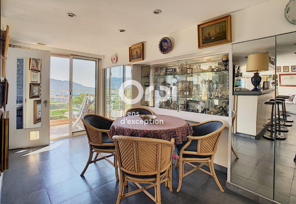 Appartement à vendre 4 114.16m2 à Cannes vignette-6