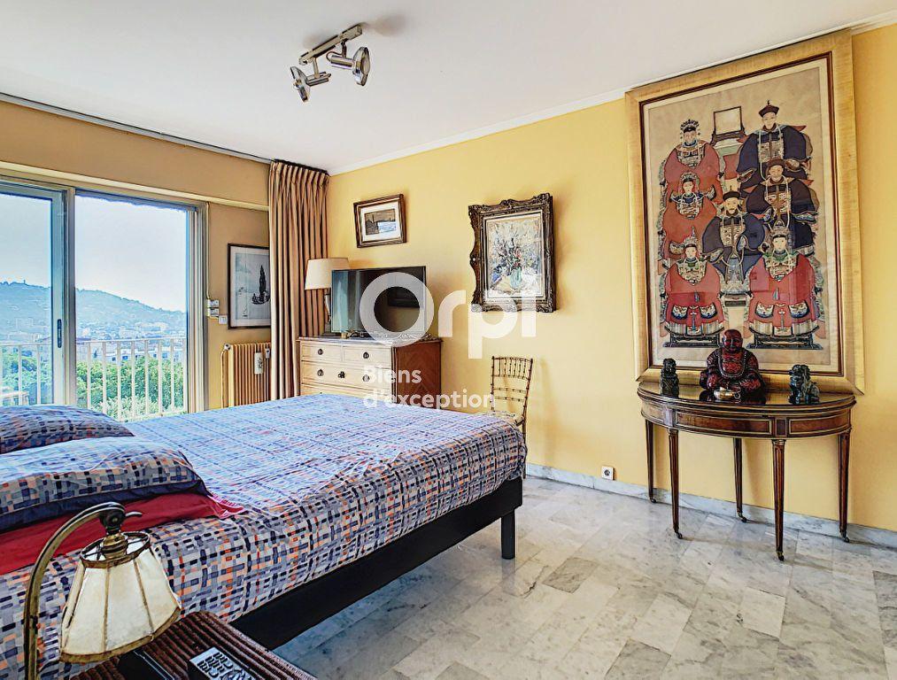 Appartement à vendre 4 114.16m2 à Cannes vignette-11