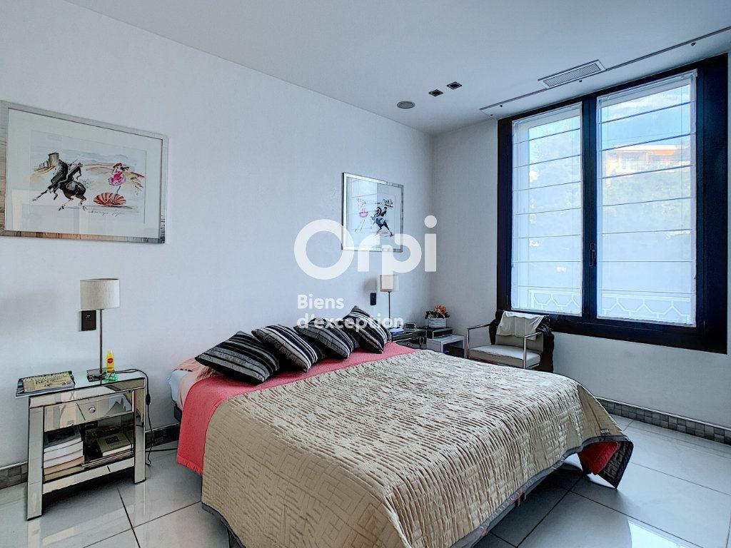 Appartement à vendre 3 79.31m2 à Cannes vignette-5