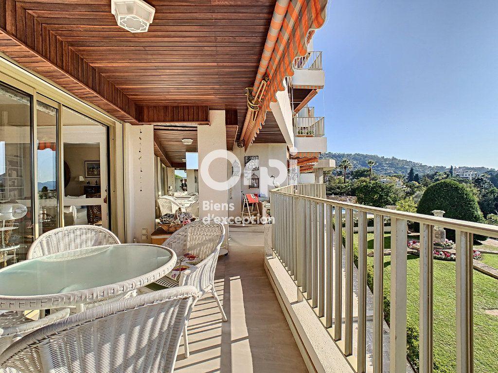 Appartement à vendre 3 107m2 à Cannes vignette-4
