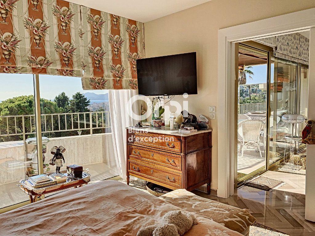 Appartement à vendre 3 107m2 à Cannes vignette-11