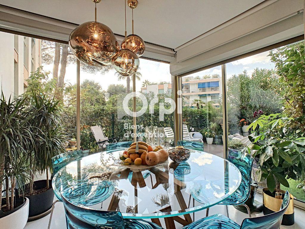 Appartement à vendre 3 75.03m2 à Cannes vignette-2