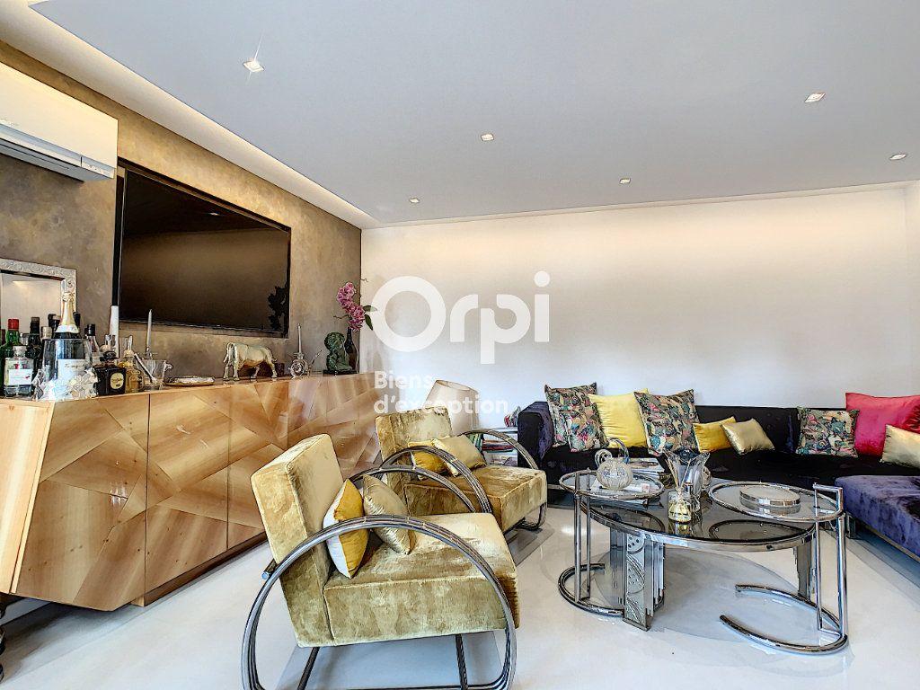 Appartement à vendre 3 75.03m2 à Cannes vignette-5