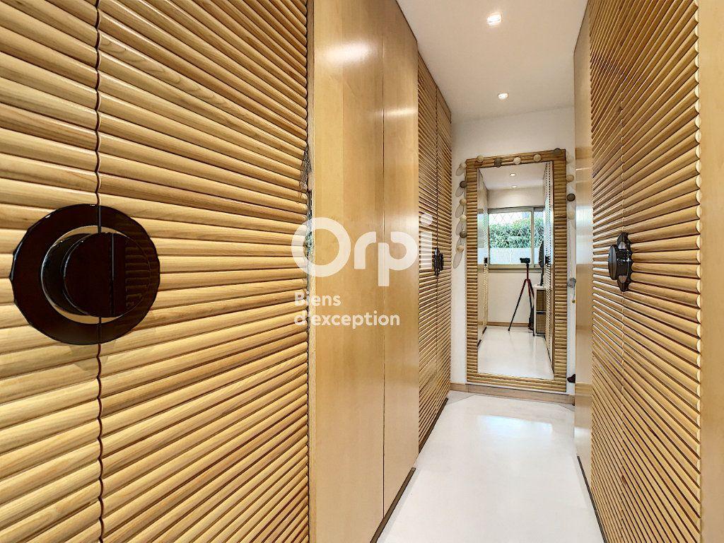 Appartement à vendre 3 75.03m2 à Cannes vignette-13