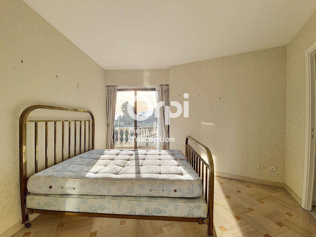 Appartement à vendre 4 104.04m2 à Cannes vignette-10