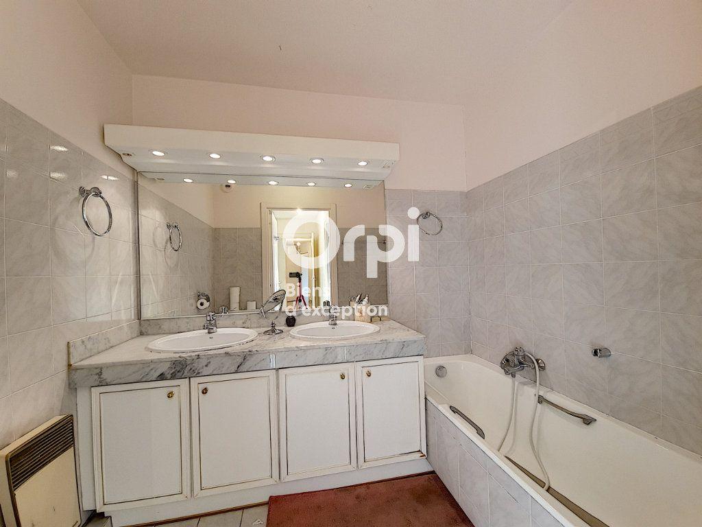 Appartement à vendre 4 104.04m2 à Cannes vignette-15