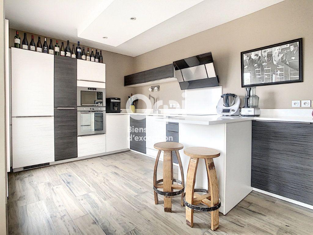 Appartement à vendre 5 109m2 à Tain-l'Hermitage vignette-2