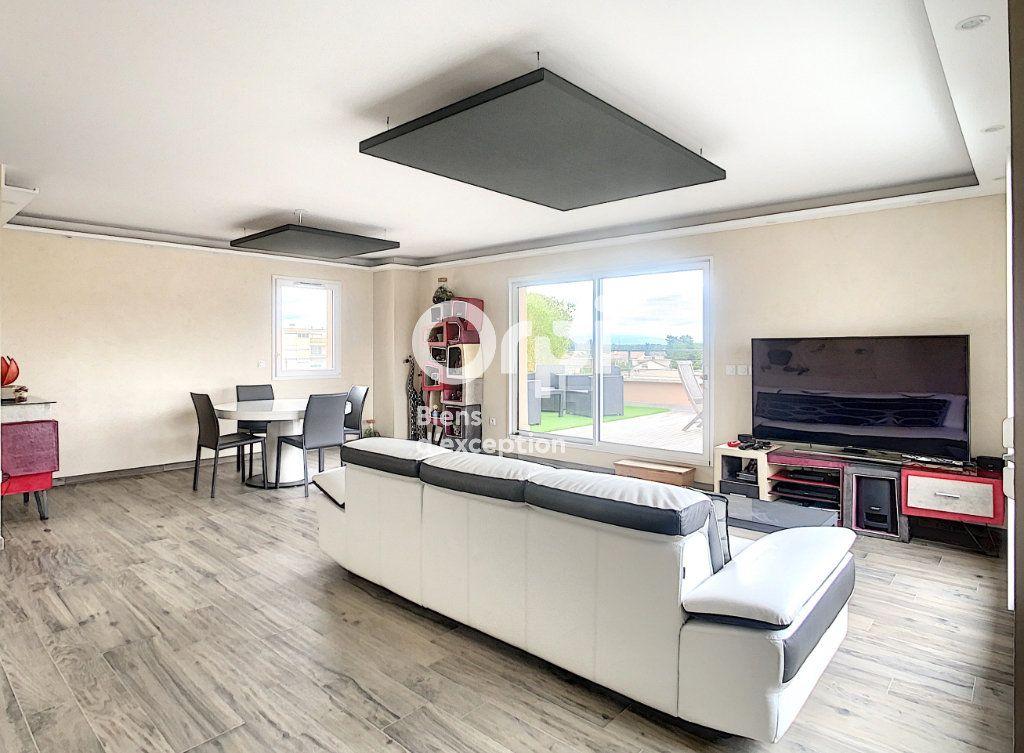 Appartement à vendre 5 109m2 à Tain-l'Hermitage vignette-5