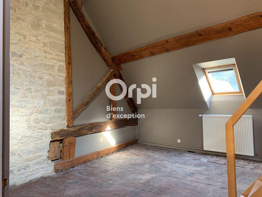Maison à vendre 10 600m2 à Poligny vignette-12