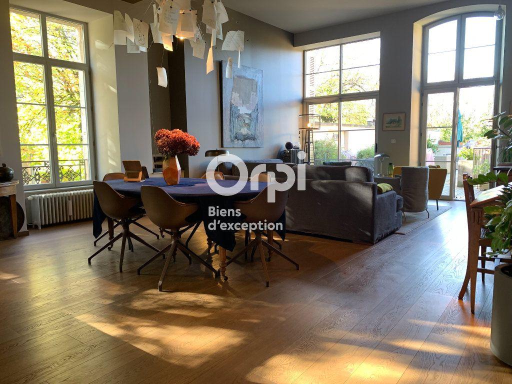 Appartement à vendre 9 165m2 à Poligny vignette-1