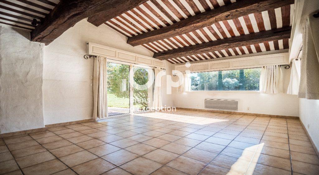 Maison à vendre 10 340m2 à Morières-lès-Avignon vignette-3