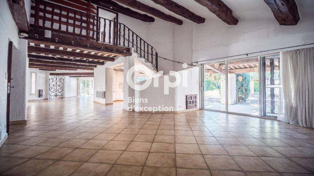 Maison à vendre 10 340m2 à Morières-lès-Avignon vignette-5