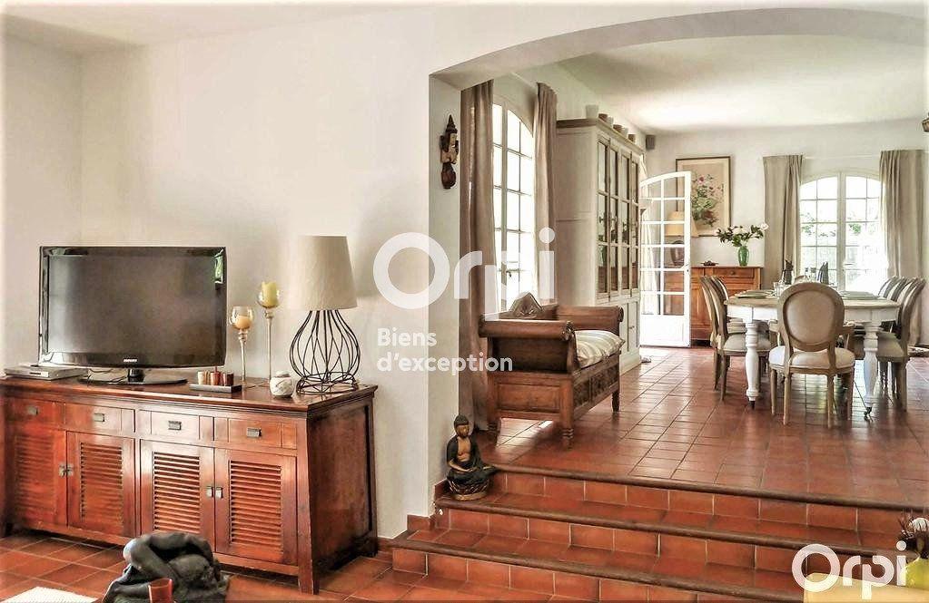 Maison à vendre 8 220m2 à Saint-Raphaël vignette-5