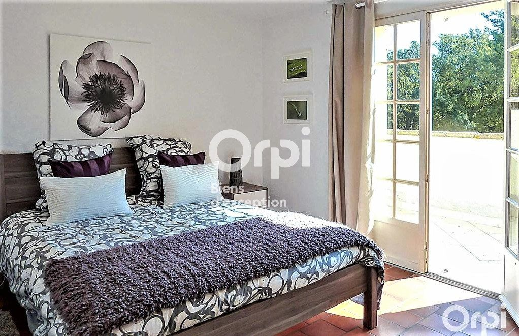 Maison à vendre 8 220m2 à Saint-Raphaël vignette-10