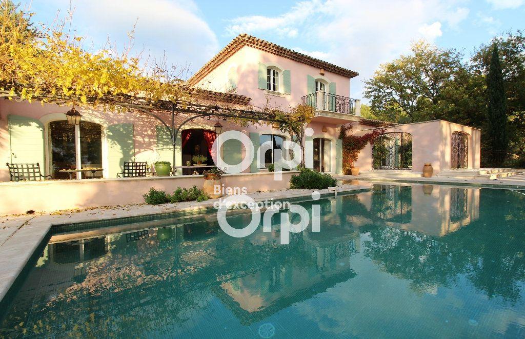 Maison à vendre 5 307m2 à Draguignan vignette-1