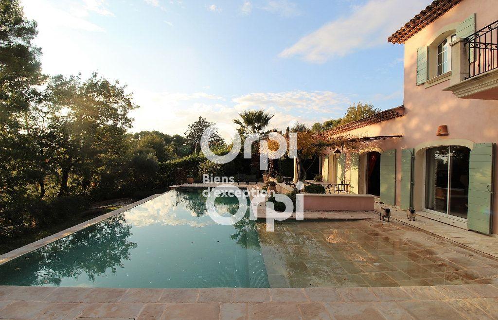 Maison à vendre 5 307m2 à Draguignan vignette-2
