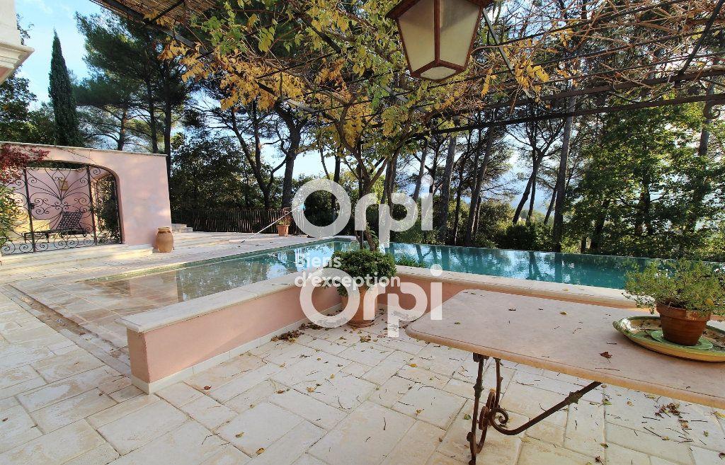 Maison à vendre 5 307m2 à Draguignan vignette-4