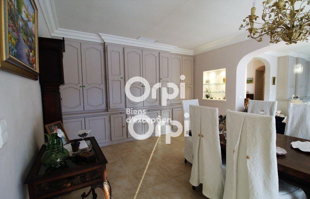 Maison à vendre 5 307m2 à Draguignan vignette-8