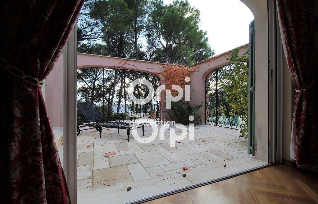 Maison à vendre 5 307m2 à Draguignan vignette-10