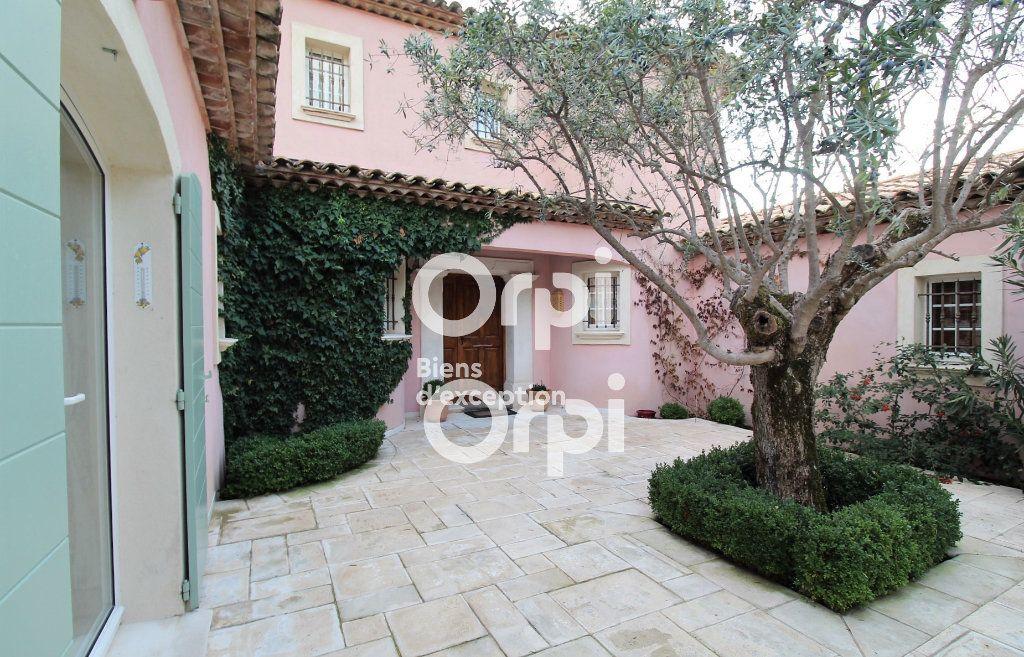 Maison à vendre 5 307m2 à Draguignan vignette-15