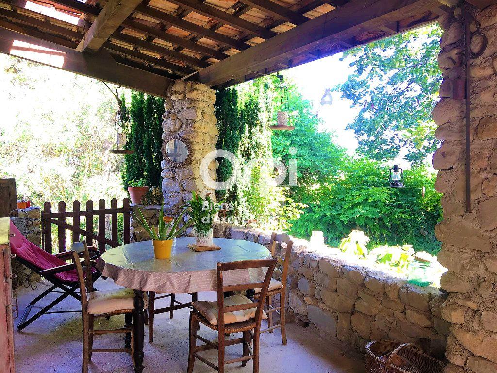 Maison à vendre 10 181m2 à Laragne-Montéglin vignette-1
