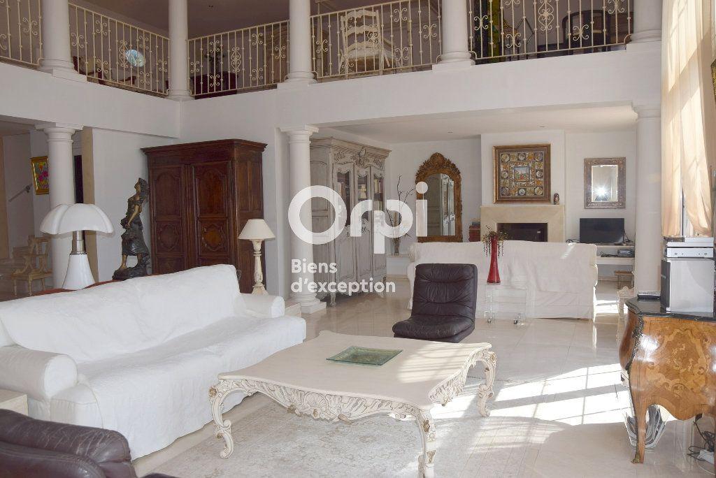Maison à vendre 6 290m2 à Grimaud vignette-6