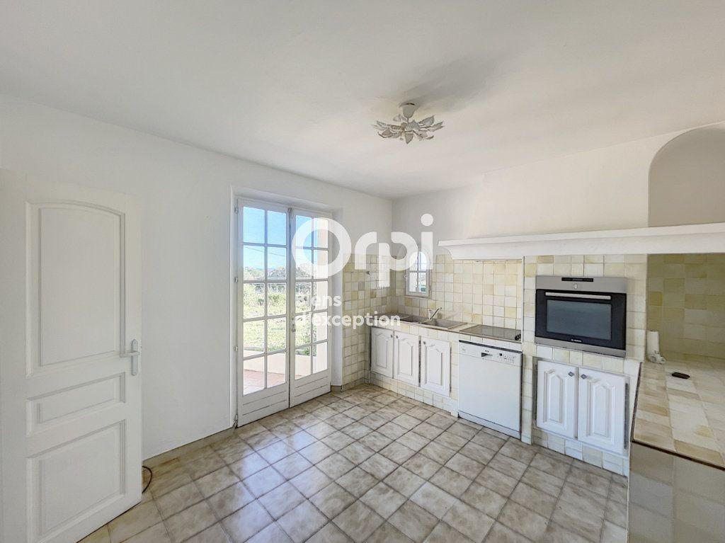 Maison à vendre 4 133m2 à Grimaud vignette-4