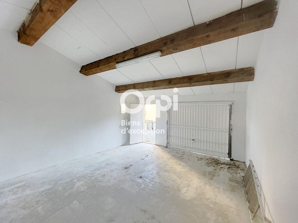 Maison à vendre 4 133m2 à Grimaud vignette-10