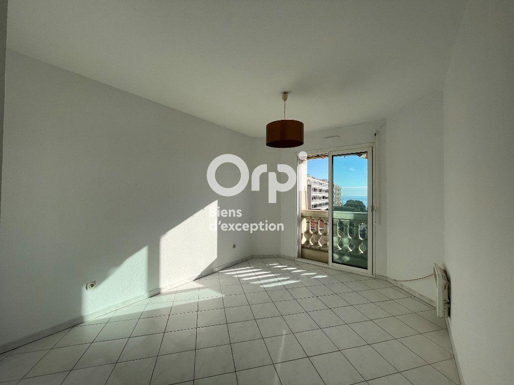 Appartement à vendre 3 92.75m2 à Menton vignette-11