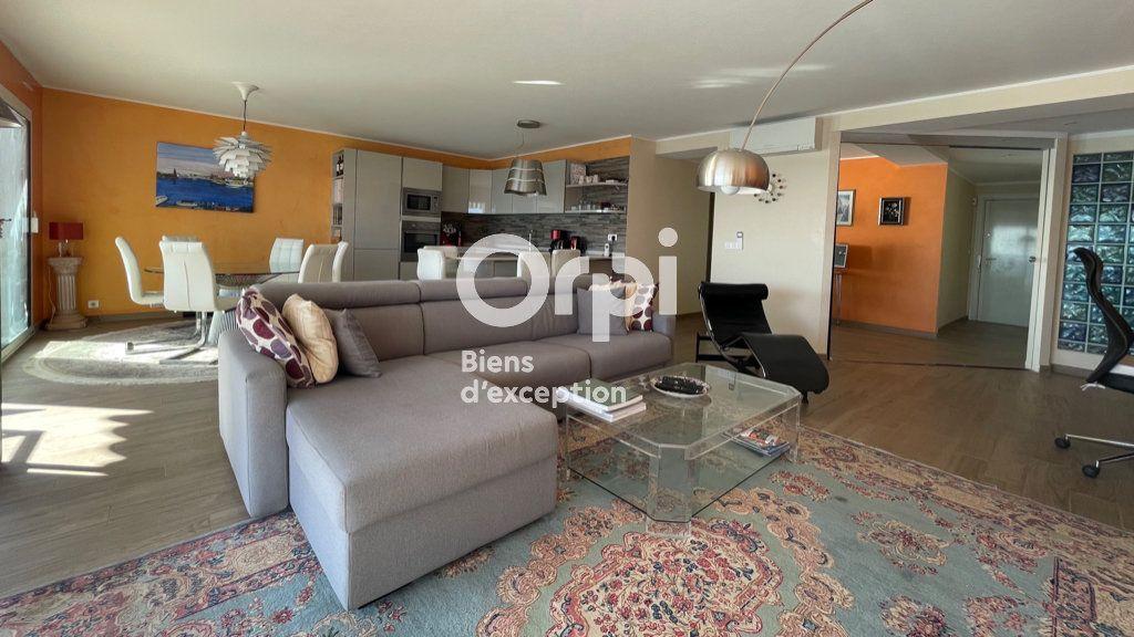 Appartement à vendre 4 97.66m2 à Menton vignette-8