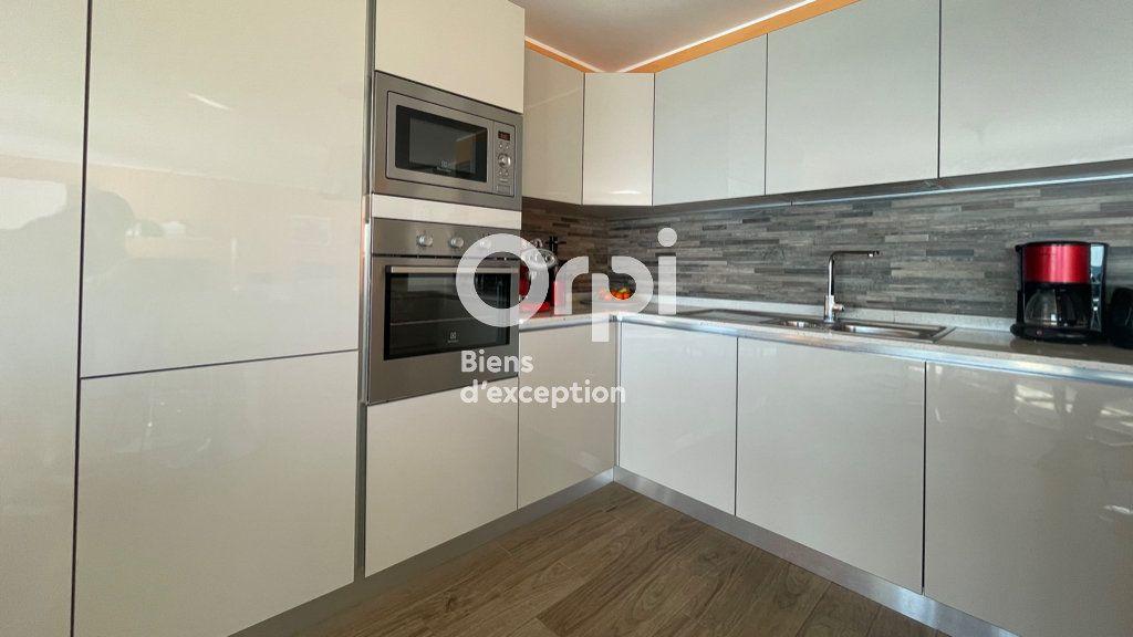Appartement à vendre 4 97.66m2 à Menton vignette-11