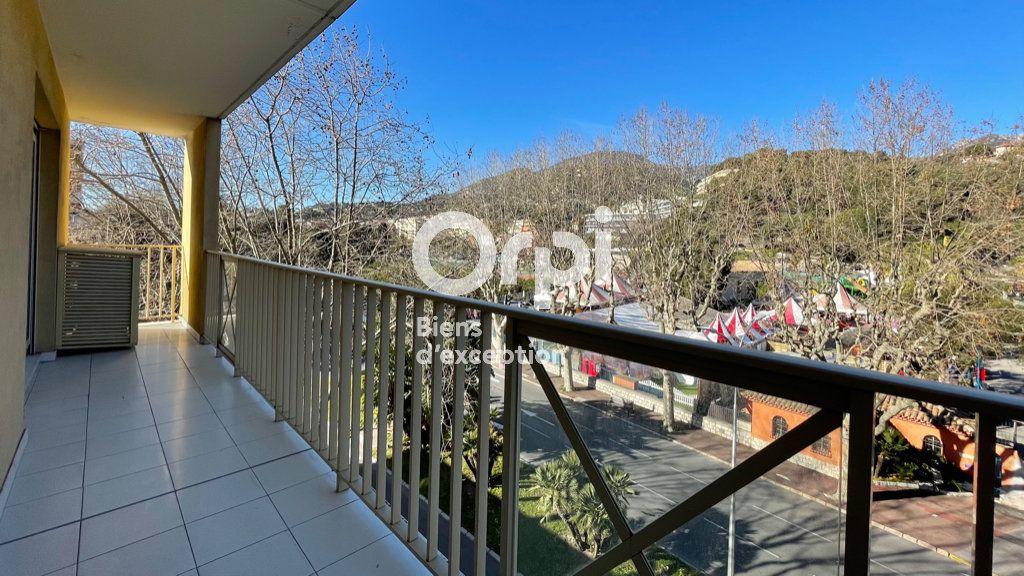 Appartement à vendre 4 97.66m2 à Menton vignette-18