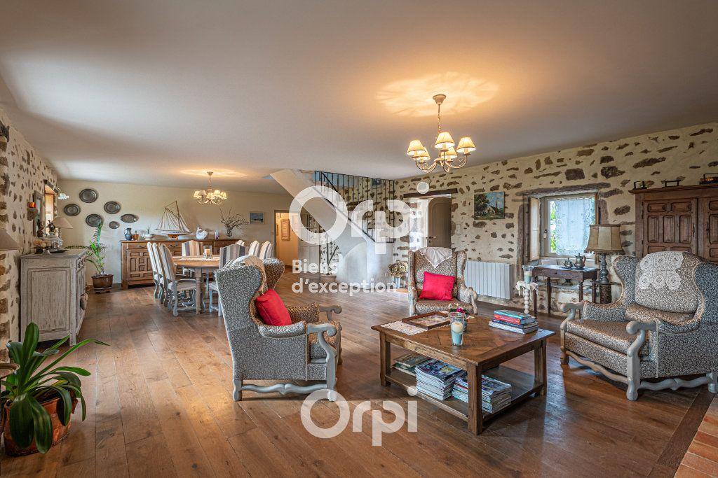 Maison à vendre 11 320m2 à Auray vignette-1