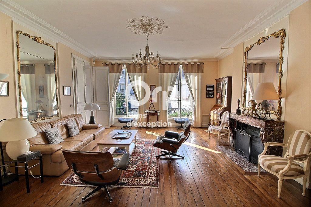 Maison à vendre 9 268.9m2 à Meaux vignette-3