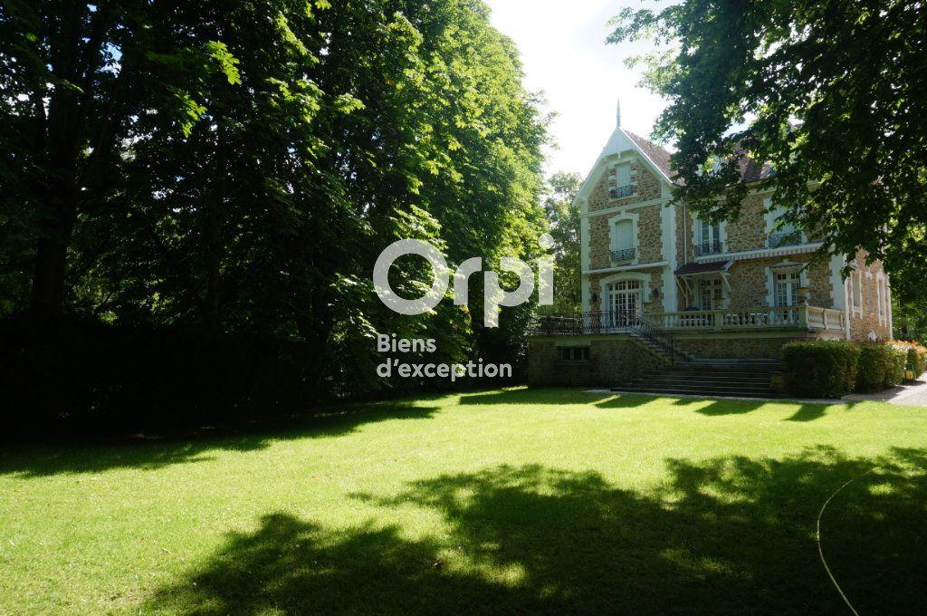 Maison à vendre 11 300m2 à Villiers-sur-Morin vignette-3