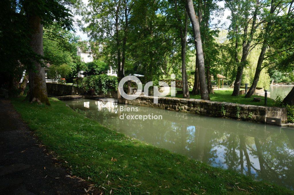 Maison à vendre 11 300m2 à Villiers-sur-Morin vignette-5