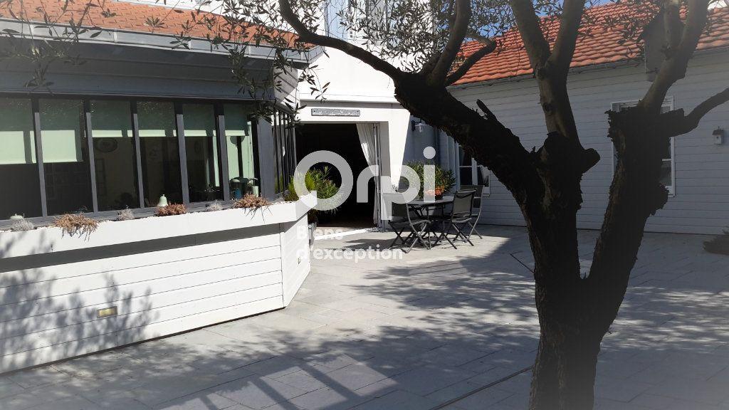 Maison à vendre 10 368m2 à Châtelaillon-Plage vignette-1