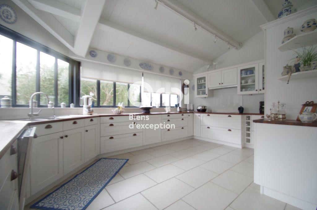 Maison à vendre 10 368m2 à Châtelaillon-Plage vignette-4