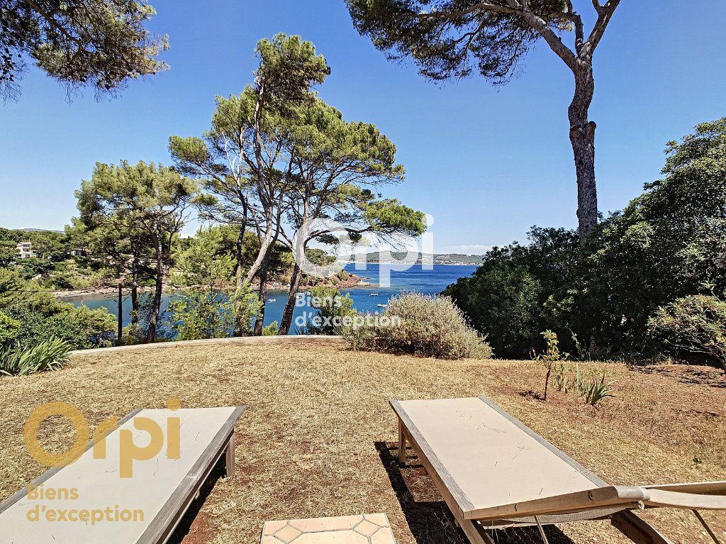 Maison à vendre 5 123m2 à La Seyne-sur-Mer vignette-1