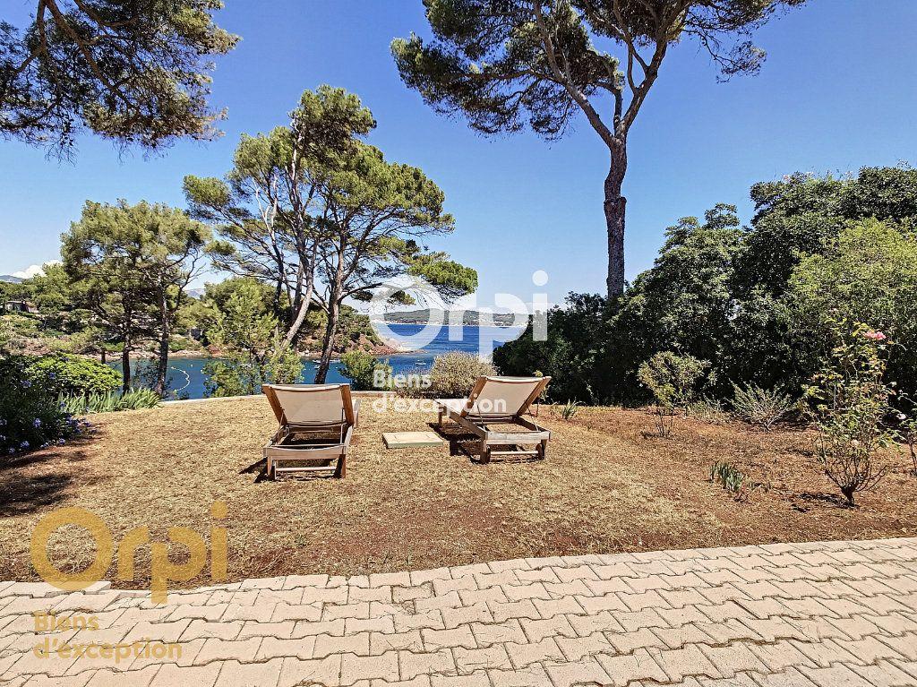 Maison à vendre 5 123m2 à La Seyne-sur-Mer vignette-2