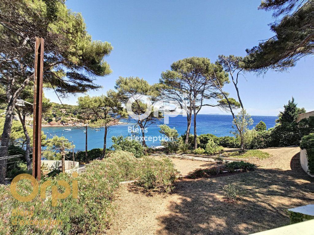 Maison à vendre 5 123m2 à La Seyne-sur-Mer vignette-5