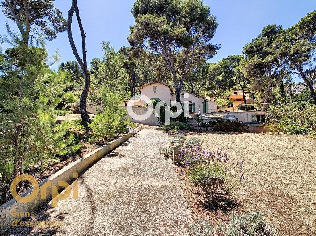Maison à vendre 5 123m2 à La Seyne-sur-Mer vignette-10