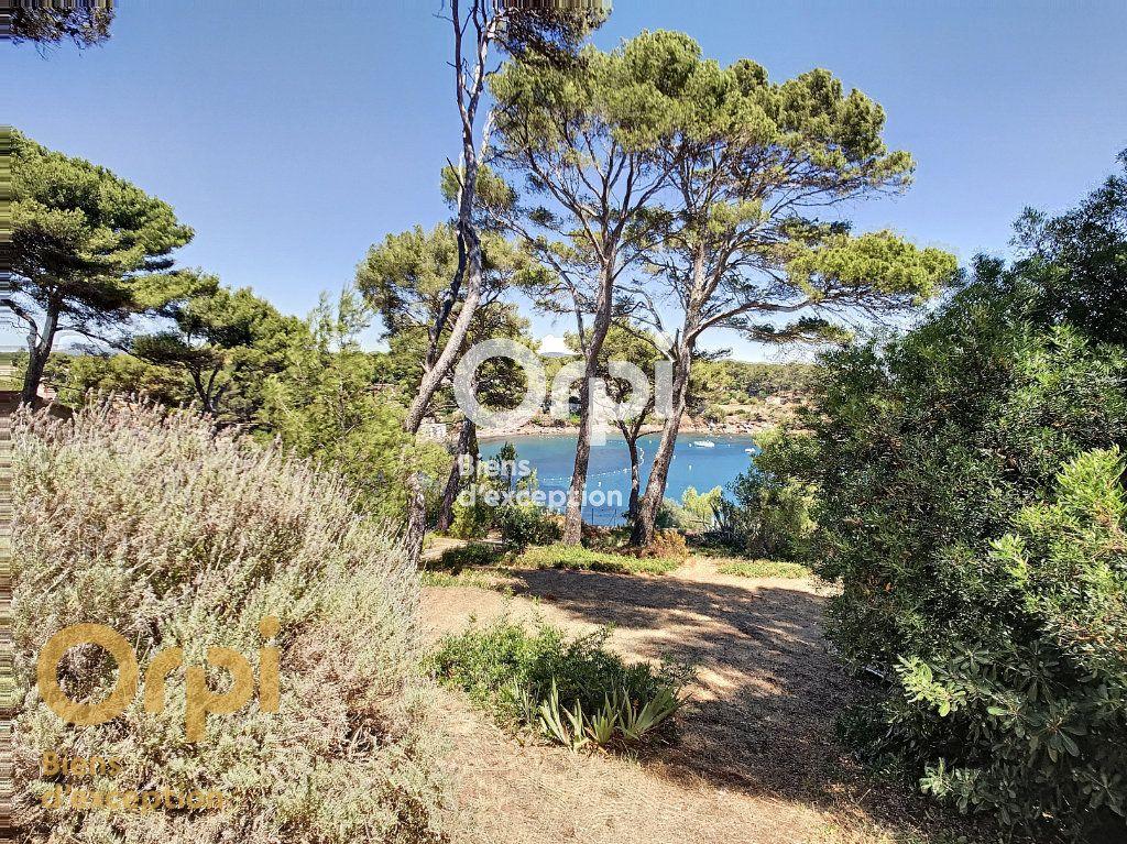 Maison à vendre 5 123m2 à La Seyne-sur-Mer vignette-12