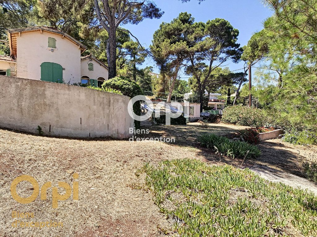 Maison à vendre 5 123m2 à La Seyne-sur-Mer vignette-13