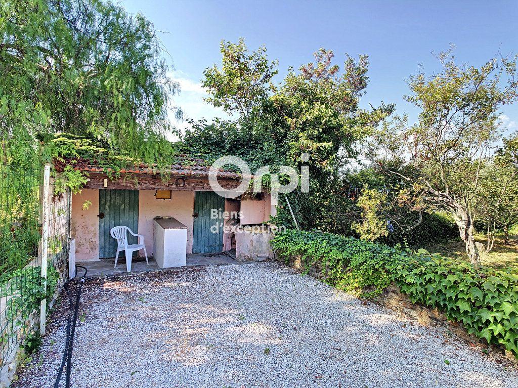 Maison à vendre 9 300m2 à Six-Fours-les-Plages vignette-11