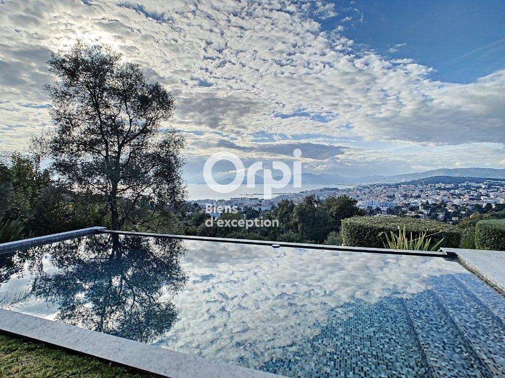 Maison à vendre 6 270m2 à Cannes vignette-1