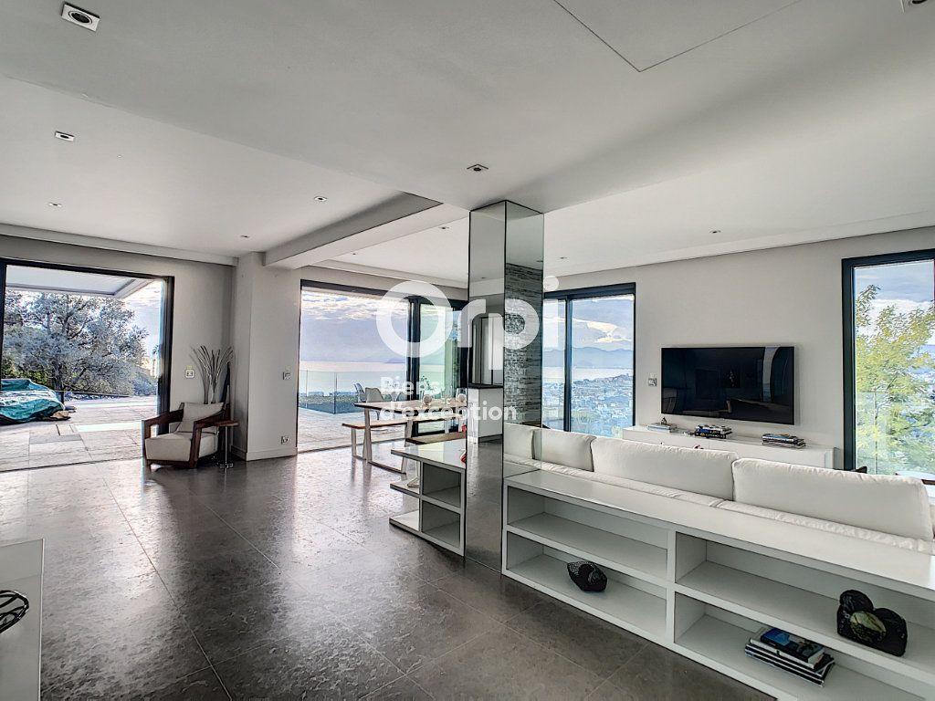 Maison à vendre 6 270m2 à Cannes vignette-3